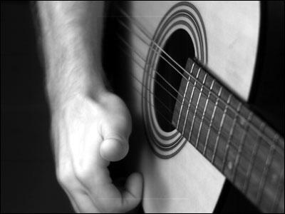 الصورة تتكلم فقط ... - صفحة 2 Tom-guitar